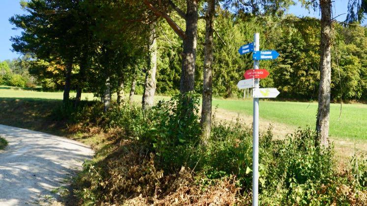 Wanderung mit Packgeissen Jurapark Aargau Wanderwege: Fricktaler Höhenweg, Cheisacher